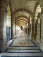 Chapelle_expiatoire_-_voutes_de_la_galerie_latérale